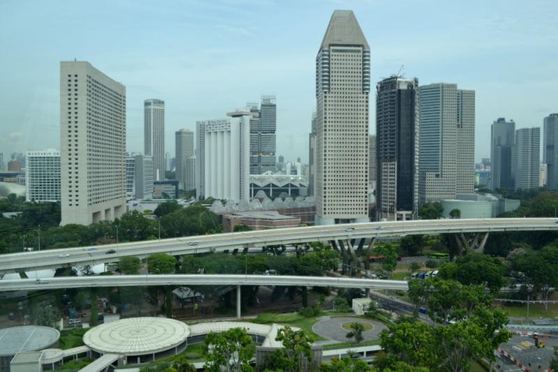 сингапурское колесо обозрения