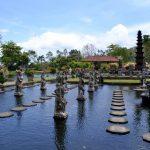 Тиртаганга  — водный дворец
