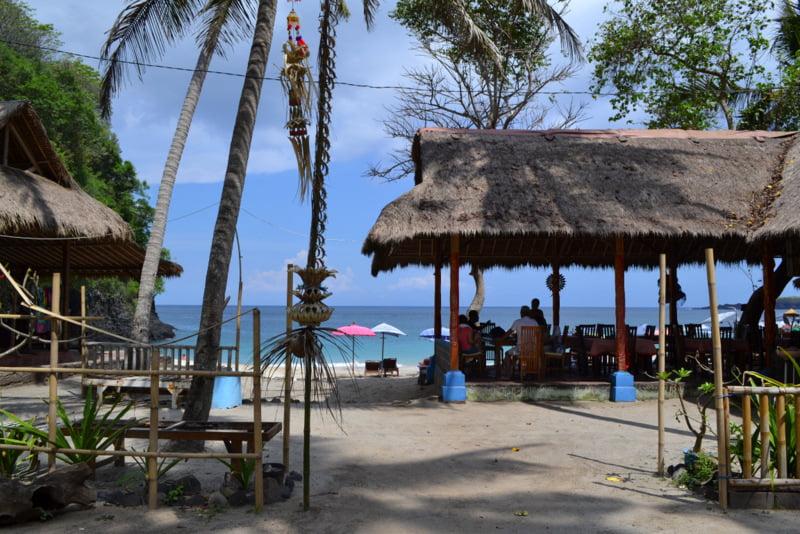White Sand Beach - белый пляж на Бали