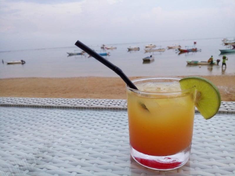Пляж Санур, Бали